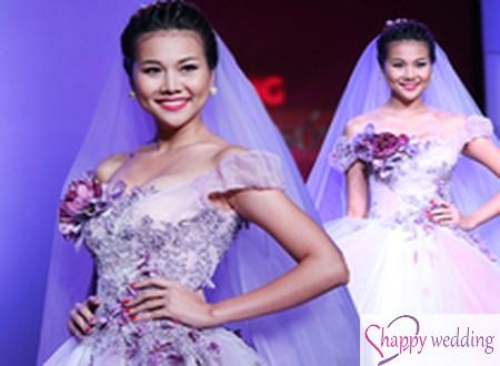 Thanh Hằng làm cô dâu với váy cưới `Thiên đường`