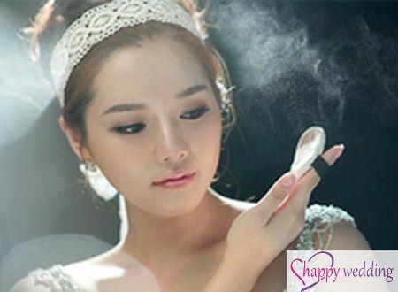 5 lưu ý khi trang điểm mắt và môi cho cô dâu