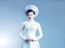 Áo dài trắng phi bóng kết họa tiết cườm - Marry