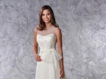 Váy cưới chữ A thắt nơ ngang eo - Marry