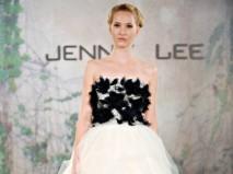 Váy cưới ngắn đính lông vũ màu đen ấn tượng - Marry
