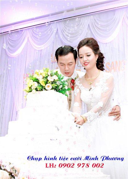 Chụp hình tiệc cưới trọn gói 900K
