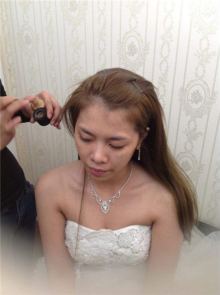 Trang điểm cô dâu đẹp tại nhà