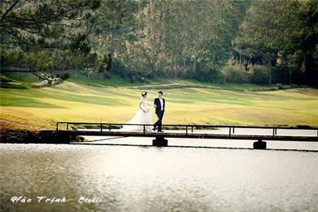 Chụp ảnh cưới giá rẻ ngoại cảnh Đà Lạt chỉ từ 5 triệu đồng
