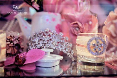 Real Wedding: Tiệc cưới concept kẹo ngọt `Sweet As Candy`