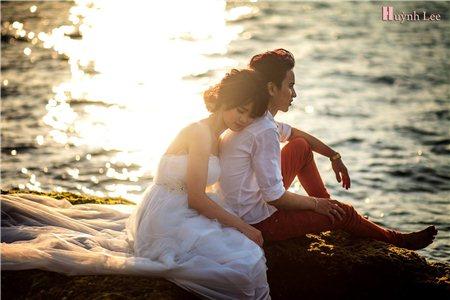 Chụp ảnh cưới ngày nắng