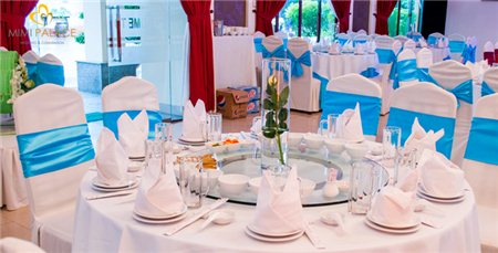 Đặt tiệc tất niên tại nhà hàng tiệc cưới MiMi Palace