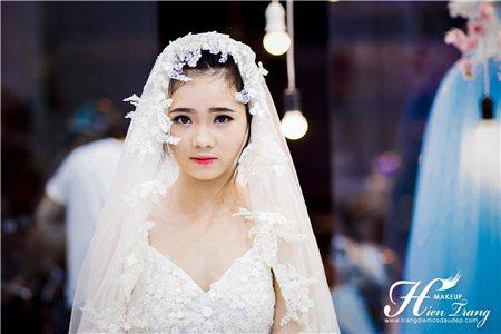 Chọn phụ kiện hợp thế nào để hợp với bộ áo cưới đẹp của bạn?