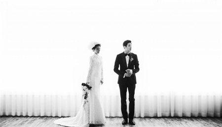 Bộ hình cưới đẹp mang phong các cổ điền Hàn Quốc