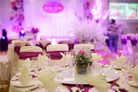 Bí kíp chọn nhà hàng tiệc cưới phù hợp cho đôi uyên ương
