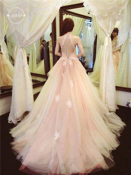 Những ý tưởng may váy cưới đẹp dành cho cô dâu có thân hình mảnh mai