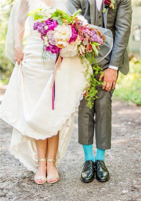 5 cách phối váy cưới phù hợp với vest chú rể trong lễ cưới