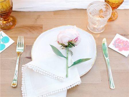 Những ý tưởng trang trí dành cho đám cưới mùa xuân vừa nhẹ nhàng vừa lãng mạn