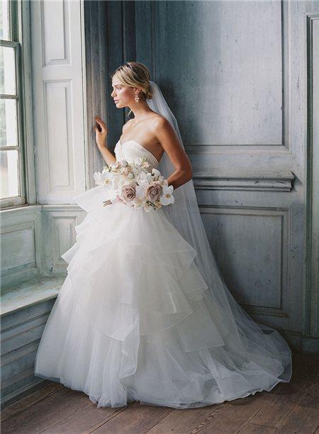 8 chất liệu, loại vải may váy cưới đẹp phổ biến nhất