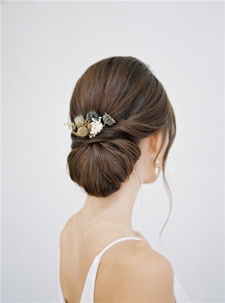 Những kiểu tóc cưới mùa hè đẹp tinh tế dành cho các cô dâu