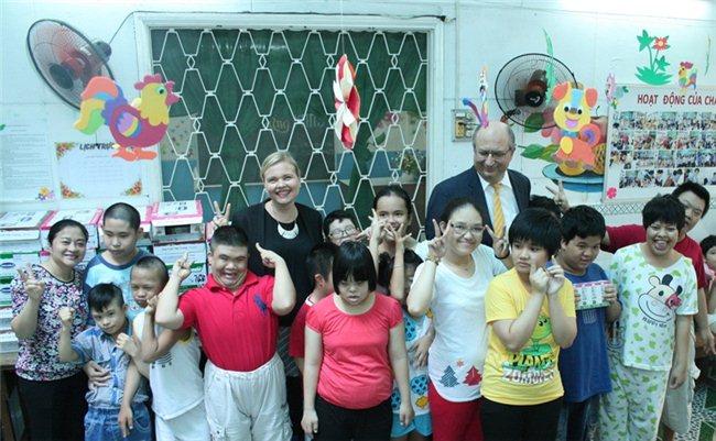 Khách sạn Equatorial HCM tổ chức các chương trình từ thiện hướng đến trẻ em