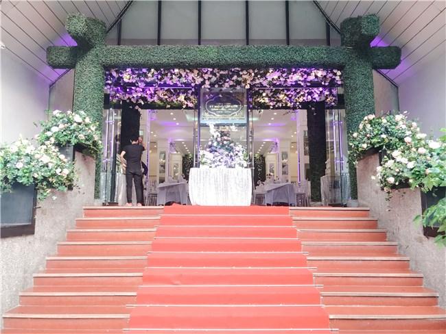 Tiệc cưới Hoa Lư