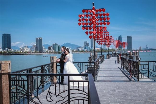 Thành phố cảng Đà Nẵng – Nơi lý tưởng để thực hiện bộ ảnh cưới đẹp lãng mạn..