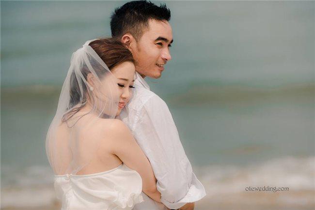 Album  hình cưới nơi ghi lại cảm xúc thăng hoa,  phút giây hạnh phúc nhất của đôi uyên ưương..