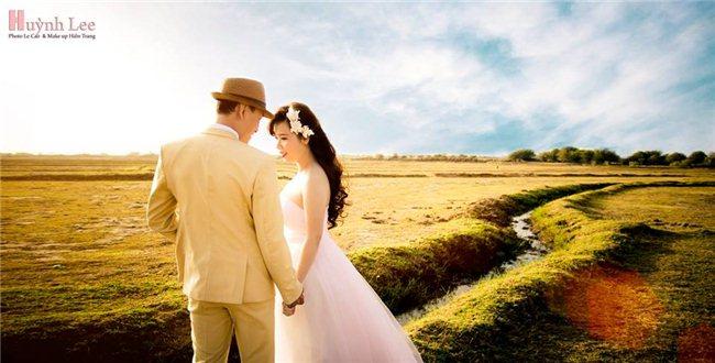 Chụp hình cưới đẹp mùa ưu đãi