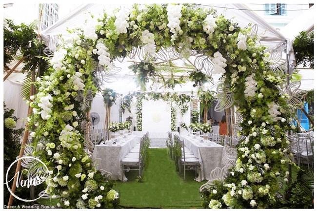 Những ý tưởng wedding planner cho không gian tiệc cưới rực rỡ, nổi bật..