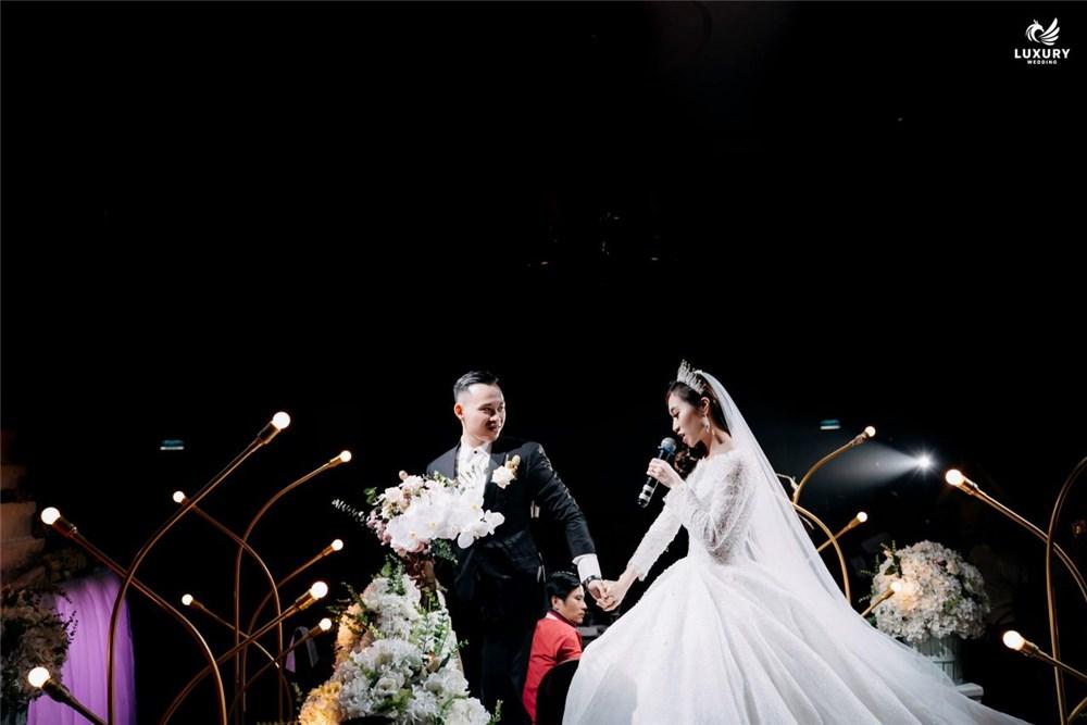 Xử lý ra sao khi buộc phải dời ngày cưới đã cận kề?..