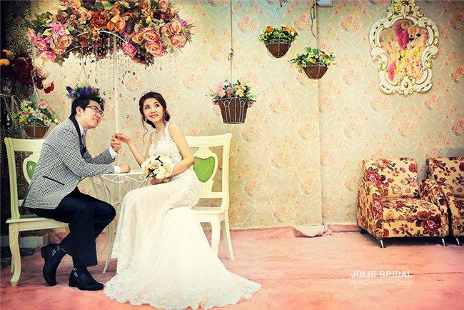 Chương trình khuyến mãi siêu tiết kiệm chỉ có tại JOLIE Bridal & Studio  Chụp album cưới -Tặng  Phim Trường