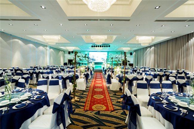 Cho tình yêu thăng hoa với tiệc cưới sang trọng tại Capella Parkview