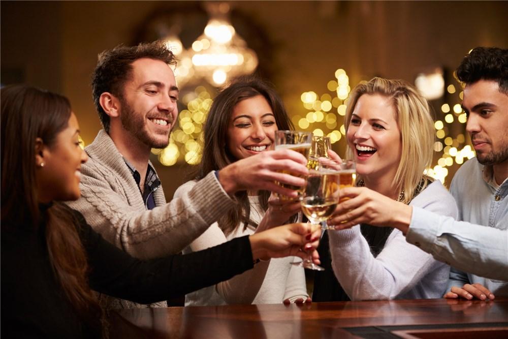 Buffet Mừng Năm Mới & Các Gói Khuyến Mãi Tiệc Cưới, Tất Niên Hấp Dẫn Ở Khách Sạn Eastin Grand