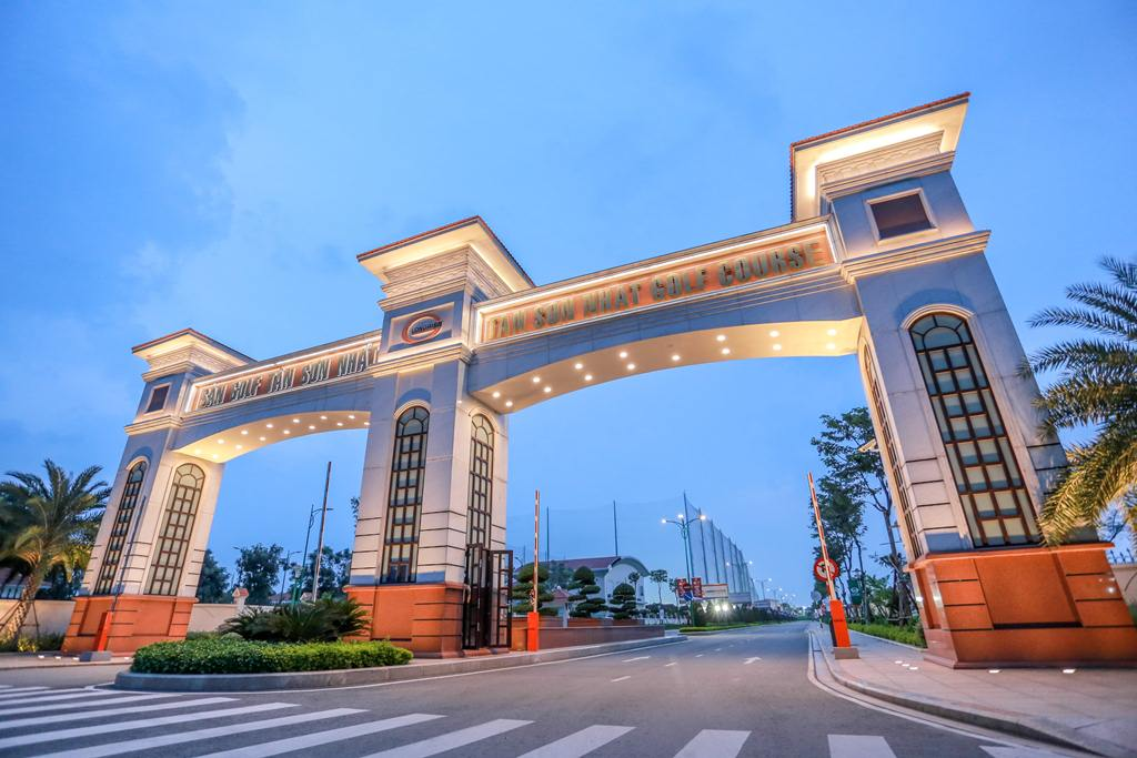 Long Biên Palace