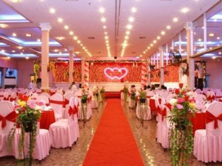 Đặt tiệc tại nhà Trà Giang