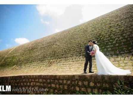 KLM Wedding House