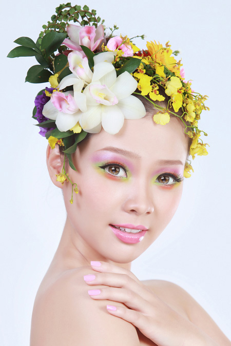 Khanh Makeup and Hair