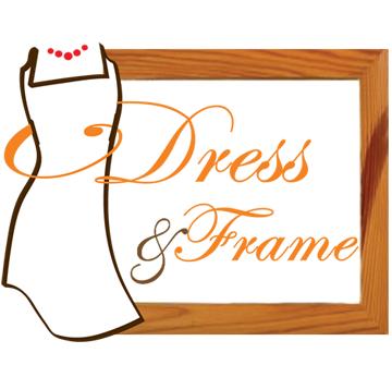 Khung hình gỗ wedding - bàn Welcome D&F
