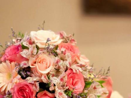 Lily Flowers & Wedding
