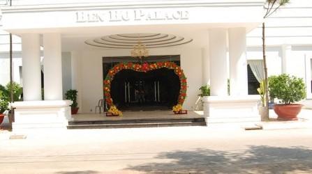 Nhà hàng Bến Hồ Palace