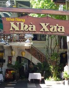 Nhà hàng Nhà Xưa