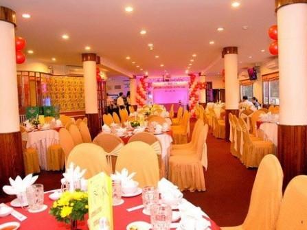 Nhà hàng Sông Hương
