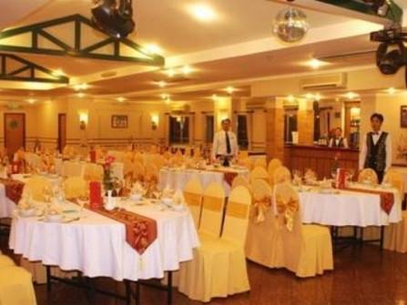 Nhà hàng Thiên Hồng