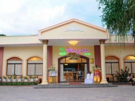 Nhà hàng hoa viên Phong Lan