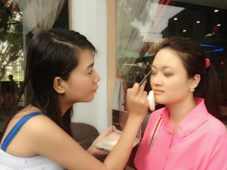 Trang điểm cô dâu Thu Thủy Makeup