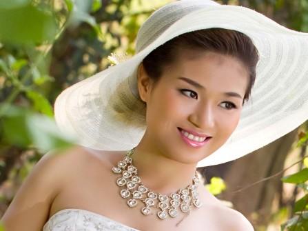Trinh Bridal