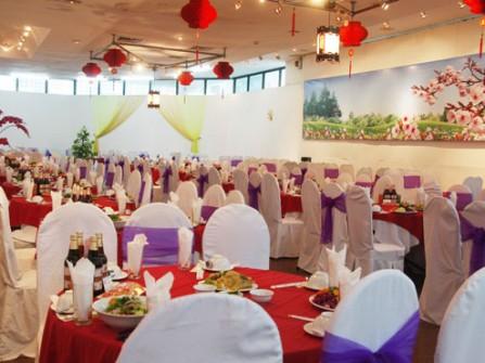 Trung tâm ẩm thực Vân Hồ